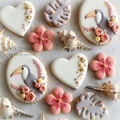 So cute cookies Summer Cookies, Fancy Cookies, Iced Cookies, Cute Cookies, Cupcake Cookies, Cupcakes, Galletas Decoradas Royal Icing, Galletas Cookies, Cookie Frosting