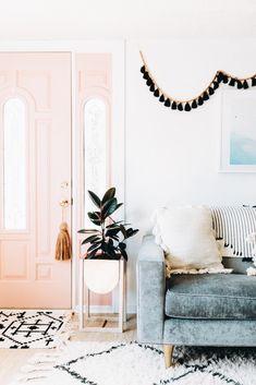 home sweet home, living room, inspiration, design Pink Home Decor, Easy Home Decor, White Decor, Interior Desing, Home Interior, Interior Doors, Bohemian Interior, Modern Bohemian Decor, Bohemian Chic Home
