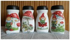 º de no leídos) - paquitasl - Yahoo Mail Diy Bottle, Wine Bottle Crafts, Bottle Art, Coffee Jar Crafts, Decoupage Jars, Glass Painting Designs, Recycled Bottles, Bottle Painting, Mason Jar Diy