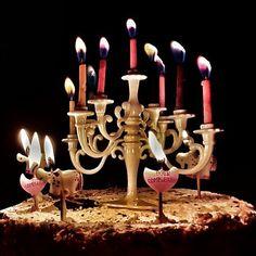 Quando le semplici candeline non bastano... ci vuole un candelabro. A casa mia i compleanni non sono feste qualunque...