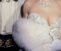 Old Hollywood Glamour, Boujee Aesthetic, Makeup Aesthetic, Glitz And Glam, Rich Girl, Mode Vintage, Vintage Black, Mode Inspiration, Makeup Inspiration, Retro