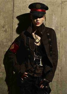 Women's Guide to Steampunk Clothing & Fashion Dressing up is fun, and steampunk incorporates some of the best elements of dress-up, especially for women Military Chic, Military Women, Military Fashion, Punk Fashion, Fashion Models, Character Inspiration, Character Design, Foto Portrait, Cosplay
