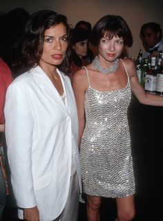 Anna Wintour in the '80s and '90s - back in the day, when she still partied..