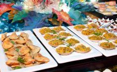 Conchas de siri e pastel de camarão com catupiry...