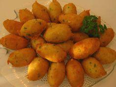 Bolinhos de Bacalhau, Justin's favorite!