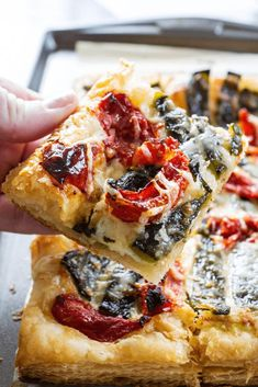 ROASTED CHILE CHEESE TART an impressive and incredibly easy tart. Load with flavor with roasted chiles, tomatoes and cheese; making a great appetizer. #ad #SweetonSpice #appetizer #chile #cheese #easyrecipe #simple