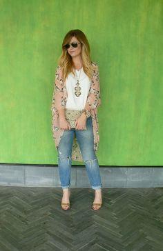 kimono trend #kimono #boyfriendjeans #bloggerstyle