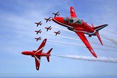 Google Image Result for http://www.sandsculptureice.co.uk/blog/wp-content/uploads/2011/08/Red-Arrow.jpg