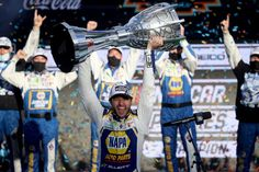 Chase Elliott capped his road from his short-track roots to the pinnacle of the sport in winning the NASCAR Cup Series Season Finale 500 and the 2020 NASCAR Cup Series Championship at Phoenix Raceway on Nov. 8, 2020 in Avondale, Arizona. Dawsonville Georgia, Chad Knaus, Chase Elliott Nascar, Dale Jarrett, Nascar Champions, Clint Bowyer, Nascar News, Brad Keselowski, Joey Logano