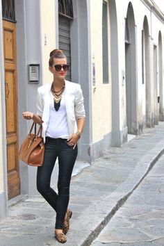 Chic Street Style. I spy the Stella & Dot Lillith Fringe necklace.