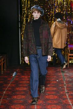 Défilé Nicholas Daley automne-hiver 2019-2020 Homme - Madame Figaro Figaro, Madame, Autumn Fashion, Normcore, Hipster, Style, Fall Shopping Outfit, Fall Winter, Fashion Ideas