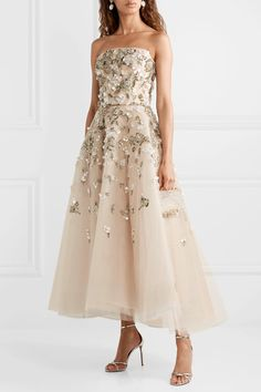 Beige and light-gray tulle Concealed hook and zip fastening at back polyester Dry clean Designer color: Jasmine GraySmall to size. Dresses Short, Ball Dresses, Ball Gowns, Elegant Dresses, Casual Dresses, Fashion Dresses, Pretty Outfits, Pretty Dresses, Fantasy Gowns