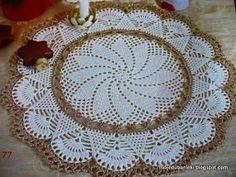 artesanatos da Luziane. : Gráficos para croche, encontrados na Internet. Lindos, lindos! Baby Afghan Patterns, Baby Afghans, Knitting Patterns, Crochet Patterns, Crochet Dollies, Crochet Home Decor, Thread Crochet, Doilies, Table Runners
