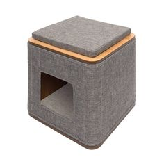 The Catit Vesper Cubo is a great modern looking cube for your cat. With thick memory foam cushions for comfort your cat is sure to love the Cubo. The cushions are on the top of the cub and inside for your cat to lay on. Vesper Cat Furniture, Modern Cat Furniture, Furniture Design, Pet Furniture, Sisal, Cat Cube, Cat Tree House, Cat Scratching Post, Toys