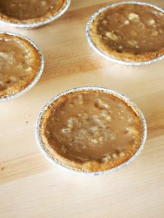 Coffee Sugar Cream Pie Easy to make pies with creamy coffee filling and graham cracker crust!