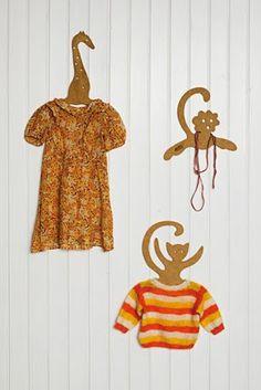 kinderzimmer m bel zum spielen lernen ordnung halten kleiderb gel. Black Bedroom Furniture Sets. Home Design Ideas