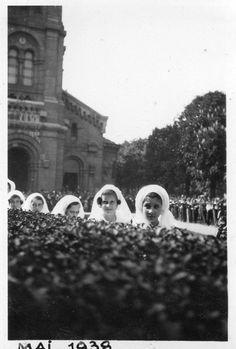 Photographie Anonyme Vintage Snapshot Église Communion Communiante Tête | eBay