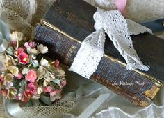 Beautiful way to display a family Bible The Vintage Nest: Something Old ~ Something New