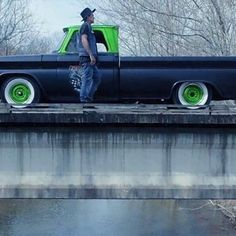 my dream truck #boxchevy #slumerican #famousfamily @yelawolf by manic_manz_vape