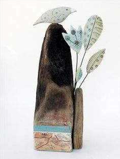 Bird perched on high - Shirley Vauvelle