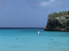 Curaçao  O mar mais azul que já vi.
