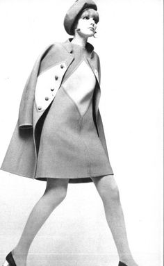 Mod Fashion: This style was inspired by the mod subculture, and the term mod was coined from the modernists teens that liked modern jazz 1960s Mod Fashion, 60s Fashion Trends, Sixties Fashion, Retro Fashion, Vintage Fashion, Fashion Ideas, Pop Art Fashion, 60 Fashion, Fashion Mode
