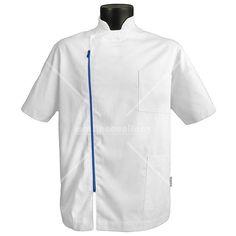 Muška Bluza Filip  Osnovna boja: Bela  Boja Paspula: Meksiko plava  Muška bluza na raskopčavanje sa dugim rajfešlusom sa strane ruskom kragnom i dva džepa gore i dole levo.  @martincevicdoo  #martincouniforme #proizvodi #radneuniforme #medicaluniforms #majca #medicinskasestra #medicinskimantili #radnaodela #bandungfoodies #cleaneats #serbian #plitvicelakes #lexiegrey #maidofhonor
