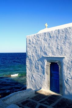 Chapel by the sea ~ Mykonos island, Greece Mykonos Island, Mykonos Greece, Crete Greece, Athens Greece, Santorini, Albania, Beautiful Islands, Beautiful Places, Places To Travel