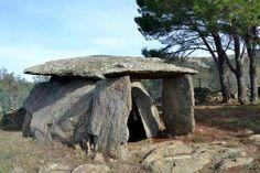 Itineraris megalítics: Dòlmens i Menhirs, a Roses #sortirambnens