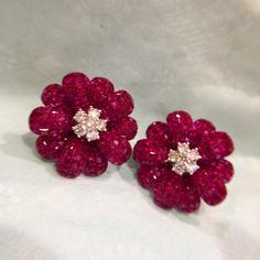Burma ruby diamonds earring #earring #earrings #ruby #art @anna_shia.
