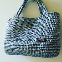 高校時代の友達からのオーダーバッグ、完成!  #メタリックバッグ #スズランテープ #かぎ針編み