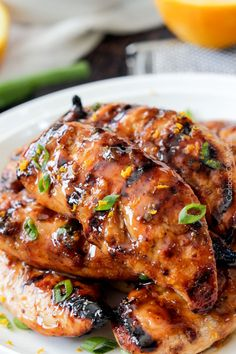 Sharing a recipe for Honey Sriracha Orange Chicken- a family-friendly recipe to make for dinner. Barbecue Recipes, Grilling Recipes, Cooking Recipes, Healthy Recipes, Vegetarian Grilling, Healthy Grilling, Barbecue Sauce, Vegetarian Food, Healthy Food