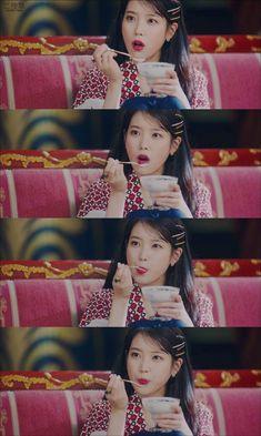 Korean Actresses, Korean Actors, Park Min Young, Best Dramas, Katherine Mcnamara, Iu Fashion, Cute Memes, Pretty Wallpapers, Little Sisters