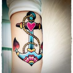 anchor and heart tattoo | ... anchor tattoo feminine too. This old school anchor tattoo, for