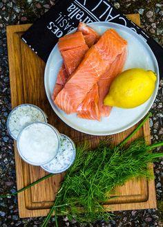 Stekt lax i gräddsås med soltorkade tomater och spenat - Landleys Kök Basil, Carrots, Fish, Meat, Vegetables, Corner, Pisces, Carrot, Vegetable Recipes