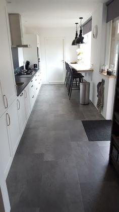 Pvc Vinyl Flooring, B & B, Kitchen Flooring, Living Room Designs, Tile Floor, House Design, Bathroom, Houses, Kitchen Inspiration