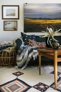 Living room inspiration // home interior // home decor // wall art // carpet // couch Home Living Room, Living Room Decor, Living Spaces, Apartment Living, Global Decor, Global Home, Deco Boheme, Southwest Style, Modern Southwest Decor