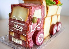Gingerbread, Type 3, Cake, Theater, Desserts, Facebook, Food, Food Food, Tailgate Desserts