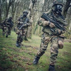 French NBC Regiment Military Gear, Military Police, French Armed Forces, Belle France, Military Special Forces, French Foreign Legion, French Army, Army & Navy, Modern Warfare