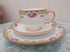 Paragon cup saucer and plate trio  Art deco by Collectablesgalore, £7.99