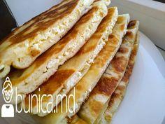 bunica.md — Plăcinte moi pe tigaie Hot Dog Buns, Hot Dogs, Bread, Food, Brot, Essen, Baking, Meals, Breads