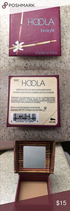 Benefits Hoola Mini Bronzer with Mini Brush 4.0g Benefits Hoola bronzer mini! This is a 4.0g/0.14oz size bronzer. It comes with a mini brush as well. Only used once. I'm just not a fan of bronzer. This is one of benefits best selling products! Looks gorgeous on light to medium skin tones. Benefit Makeup Bronzer