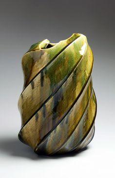 Katō Yasukage (1964-2012) - oribe vase
