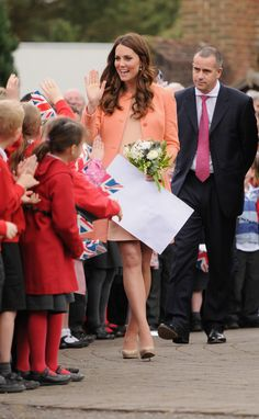 Kate Middleton Visits a Childrens Hospice Home