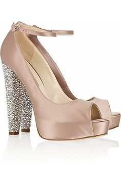 i get distracted by sparkly things... like these heels wish I could still wear heels
