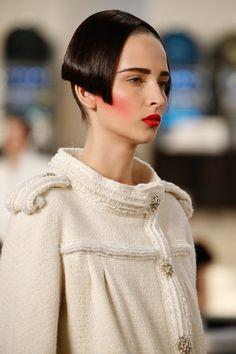 Chanel HC AW 2015-16 #CerclePrive Visit espritdegabrielle.com | L'héritage de Coco Chanel #espritdegabrielle