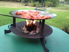 """Six Shooter , built by http://fajitacooker.weebly.com. 18"""" wok with 18"""" burn disc ."""
