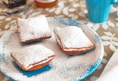 Make the best copycat version of the most famous beignets in the world with this recipe from food hacker Todd Wilbur. Beignets, Breakfast Recipes, Dessert Recipes, Desserts, Yummy Recipes, Recipies, Beignet Recipe, Top Secret Recipes, Galette