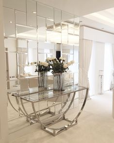 This is a beautiful place to come for modern home decor ideas. Modern console table is at . - DIY Home Decor Ideas Inspire Me Home Decor, Diy Home Decor, Design Hall, Wall Design, Glass Design, Living Room Designs, Living Room Decor, Living Rooms, Spiegel Design