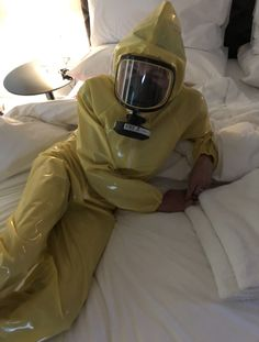 Latex Pants, Latex Suit, Pvc Raincoat, Yellow Raincoat, Gas Mask Girl, Rubber Catsuit, Hazmat Suit, Latex Wear, Latex Hood